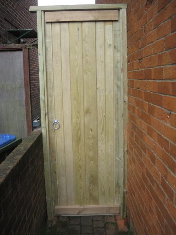 braced gate southampton