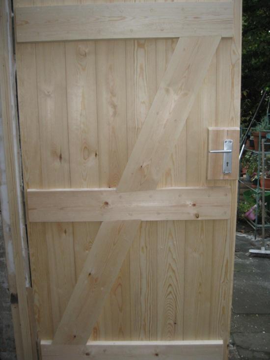 replaced-wooden-door-in-southampton-